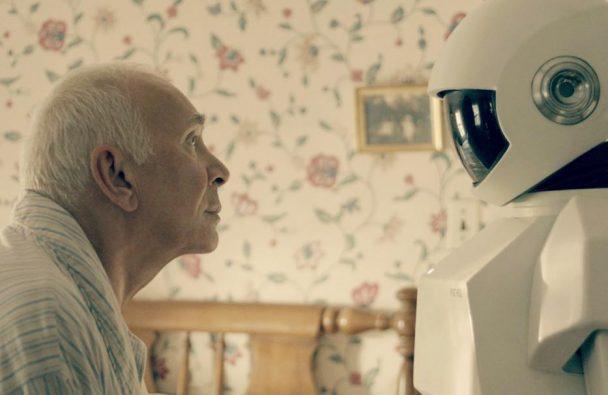 """Кадър от филма """"Роботът и Франк"""", реж. Джейк Шрайър, 2012"""