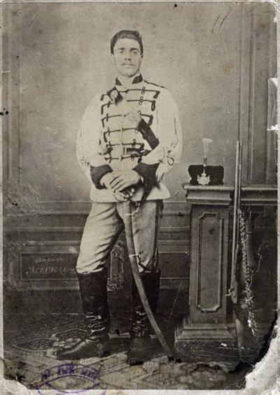Васил Левски в униформа на Първа българска легия, Букурещ, 1869 г.